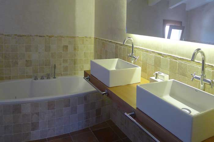 Modernes Badezimmer Finca Mallorca mit Pool und Klimaanlage PM 5915