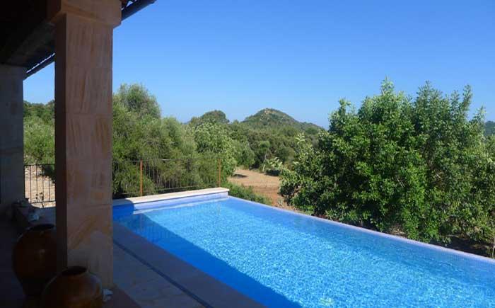 Poolblick von der Terrasse Finca Mallorca Pool 6 Personen PM 5921