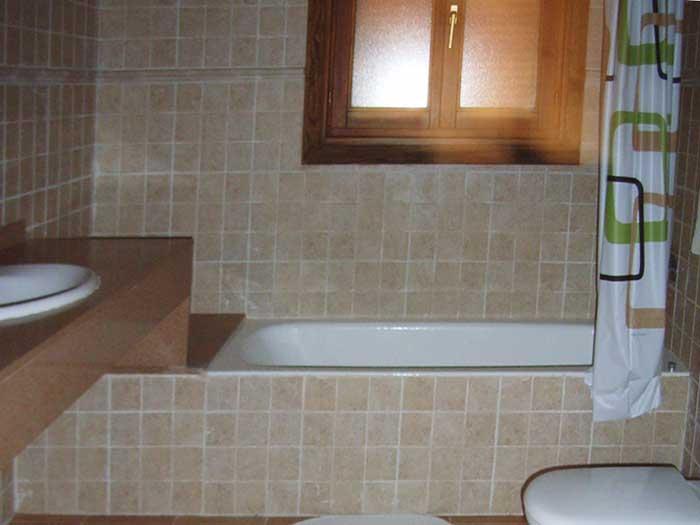 Badezimmer4  Finca Mallorca für 12 Personen mit Pool PM 597