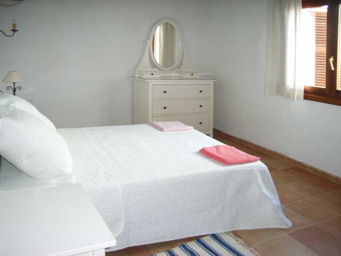 Schlafzimmer Finca Mallorca für 12 Personen mit Pool PM 597