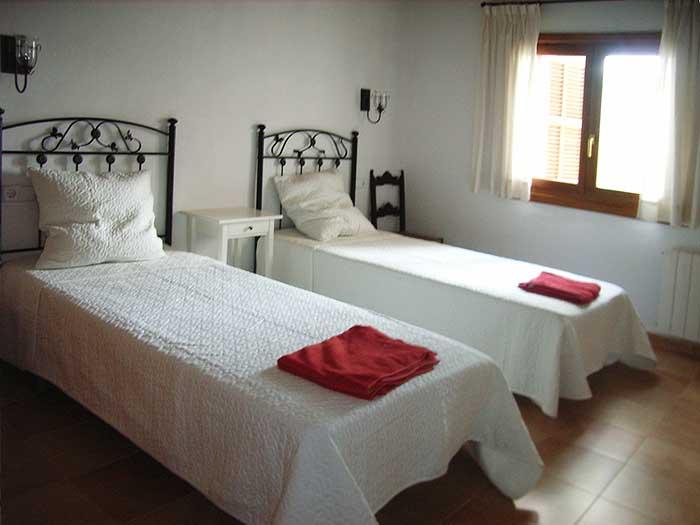 Schlafzimmer 3 Finca Mallorca für 12 Personen mit Pool PM 597