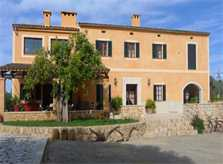 Blick auf die Finca Ferienwohnung Mallorca 2 - 6 Personen Pool PM 6022