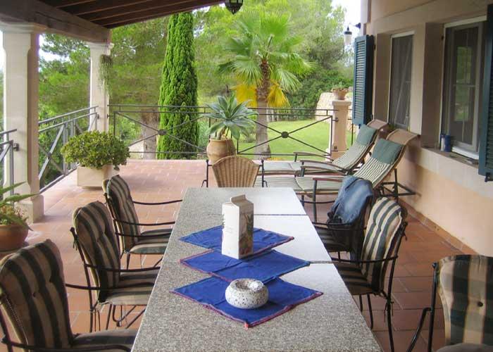 Terrasse 4 Ferienhaus Mallorca Südosten mit Pool für 4 Personen PM 605