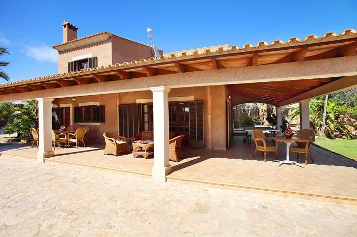 Blick auf die Finca Exklusives Ferienhaus Mallorca mit Pool PM 6091