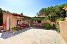 Patio der Finca Mallorca mit Pool PM 6091