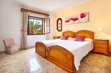 Schlafzimmer 3 Exklusives Ferienhaus Mallorca mit Pool PM 6091