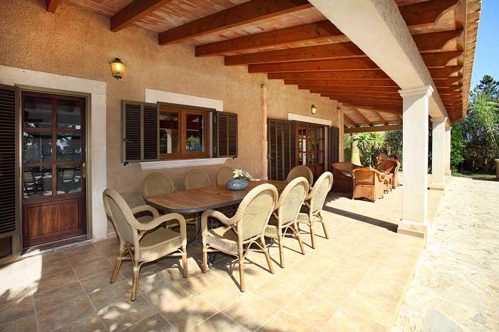 Terrasse mit Essplatz Ferienhaus Mallorca mit Pool PM 6091
