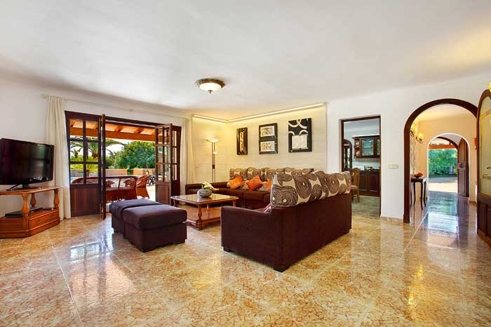 Wohnraum mit Essplatz Ferienhaus Mallorca mit Pool PM 6091