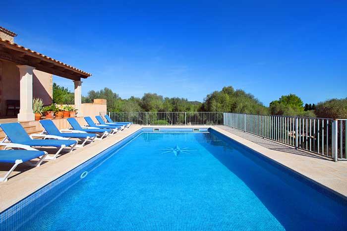Großer Pool Finca Mallorca PM 6093