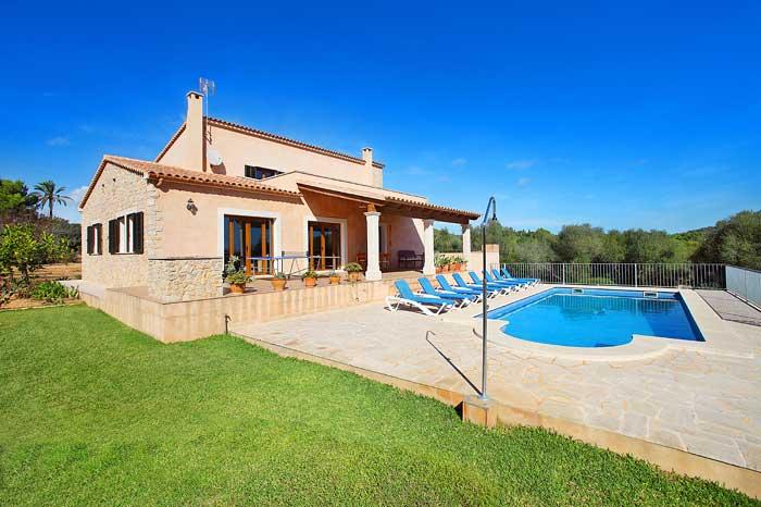 Finca Mallorca mit Pool und Garten PM 6093