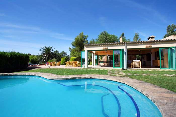 Großer Pool mit römischen Stufen Exklusive Finca Mallorca Südostküste mit 8 Schlafzimmern PM 6094