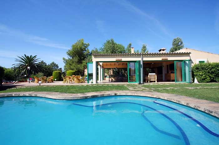 Poolblick Exklusive Finca Mallora mit Klimaanlage für 16 Personen PM 6094