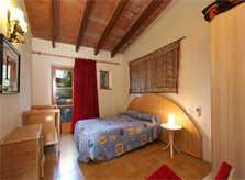 Schlafzimmer mit Doppelbett Große Finca Mallorca bei Felanitx PM 6094