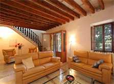 Wohnraum mit Sofa Exklusive Finca Mallorca für 16 Personen mit Klimaanlage und großem Pool PM 6094