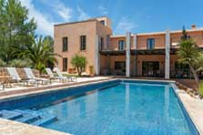 Poolblick 2 Moderne Finca Mallorca mit Pool PM 629 exklusiv