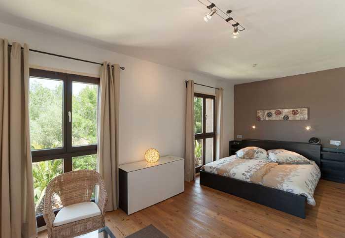Schlafzimmer 3 Exklusives Ferienhaus Mallorca mit Pool für 10 Personen PM 629