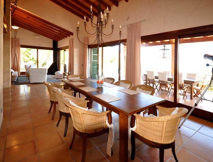 exklusive ferienvilla mallorca pm 6305 mit pool und. Black Bedroom Furniture Sets. Home Design Ideas