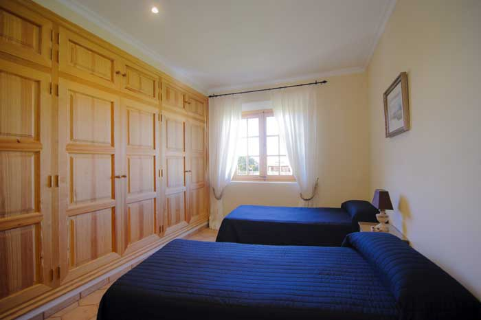 Exklusive Finca Mallorca PM 6543 Schlafzimmer mit Einzelbetten 10 Personen Pool Klimaanlage Mallorca Santanyi