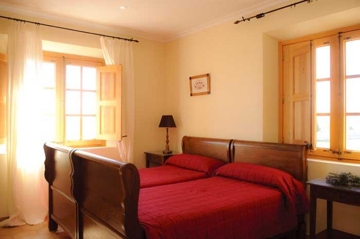 Schlafzimmer Exquisite  Finca Mallorca PM 6543 für 10 Personen mit Internetzugang Aircondition Großer Pool 10 x 5 m