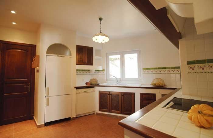 Küche Villa Mallorca Südosten Cala D'Or Klimaanlage Großer Pool mit Kinderpoolbecken Großes privates Grundstück  PM 6562