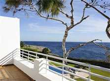 Obere Terrasse mit Meerblick Komfortable Villa Mallorca mit Pool Kinderpoolbereich  Klimaanlage Garten mit Rasenfläche PM 6562