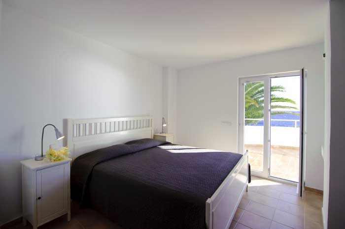 Schlafzimmer mit Meerblick Exklusive Finca Mallorca Cala D'Or Klimaanlage Großer Pool mit Kinderbecken  PM 6562