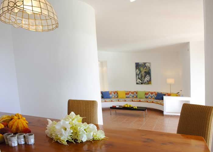 Wohnraum mit Kamin Exklusives Ferienhaus Mallorca Meerblick 8 Personen Pool mit Kinderpoolbecken Klimaanlage Mallorca Südosten Cala D'Or  PM 6562