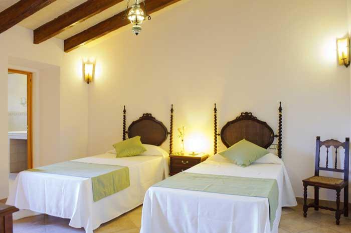 Schlafzimmer 6 Große Finca Mallorca Südosten 12 - 14 Personen PM 6563