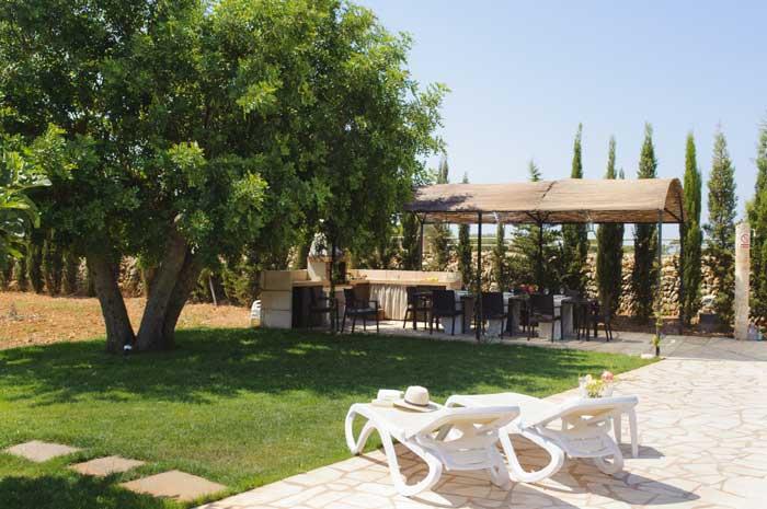 Rasenflächen Finca Mallorca Südosten 12 - 14 Personen PM 6563