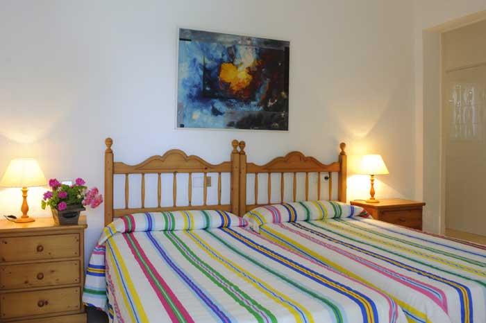 Schlafzimmer 3 Ferienhaus mit Pool Mallorca Südosten PM 6569