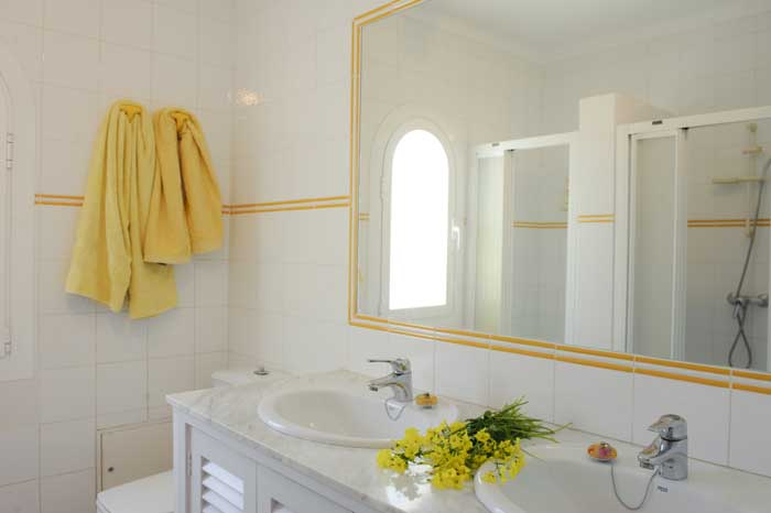 Bad 3 Ferienhaus Mallorca mit Pool für 10 Personen PM 6570