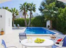 Poolblick 2 Ferienhaus Mallorca strandnah für 10 Personen PM 6570