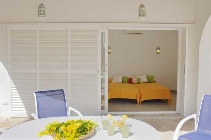 Schlafzimmer B Ferienhaus Mallorca mit Pool für 10 Personen PM 6570