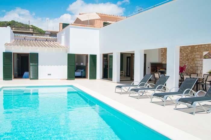 Pool und Liegen Finca Mallorca 10 Personen PM 6572