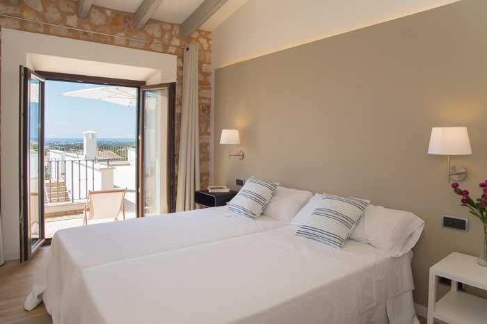 Schlafzimmer mit Klimaanlage Finca Mallorca mit Pool für 10 Personen PM 6572