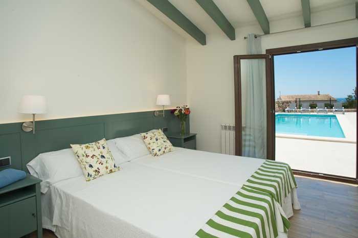 Schlafzimmer 5 mit Klimaanlage Finca Mallorca mit Pool für 10 Personen PM 6572