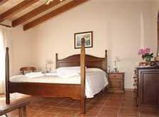Schlafzimmer 2 Finca Mallorca mit Pool für 12 Personen PM 658