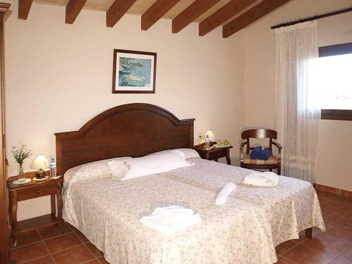 Schlafzimmer 4 Finca Mallorca mit Pool für 12 Personen PM 658