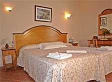 Schlafzimmer 6 Finca Mallorca mit Pool für 12 Personen PM 658
