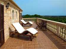 Terrasse oben Finca Mallorca mit Pool für 12 Personen PM 658