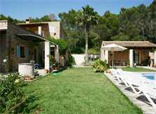 Haus und Wiese Finca Mallorca Pool Felanitx 8 Personen PM 675