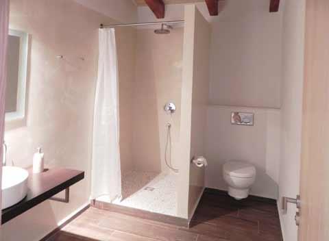 Regenwasserdusche Komfortable Finca Mallorca 8-10 Personen 4 Schlafzimmer Pool Klimaanlage PM 678