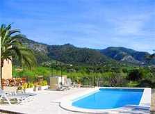 Pool und Blick in die Berge Terrasse Finca Mallorca mit Pool 8-10 Personen PM 302