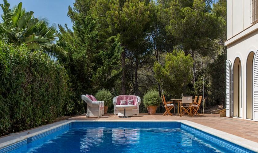 Poolblick Villa Ibiza für 4-5 Personen IBZ 17