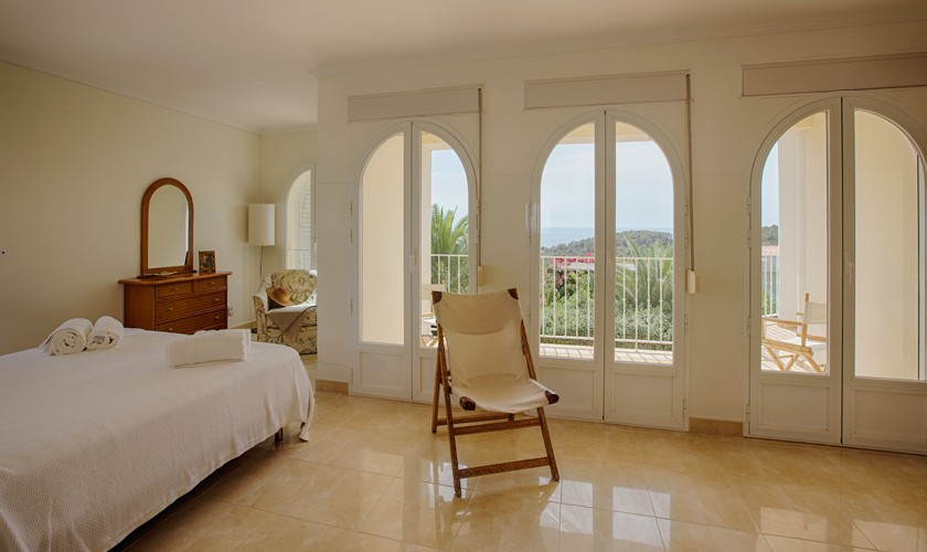 Schlafzimmer Villa Ibiza Cala Tarida IBZ 17
