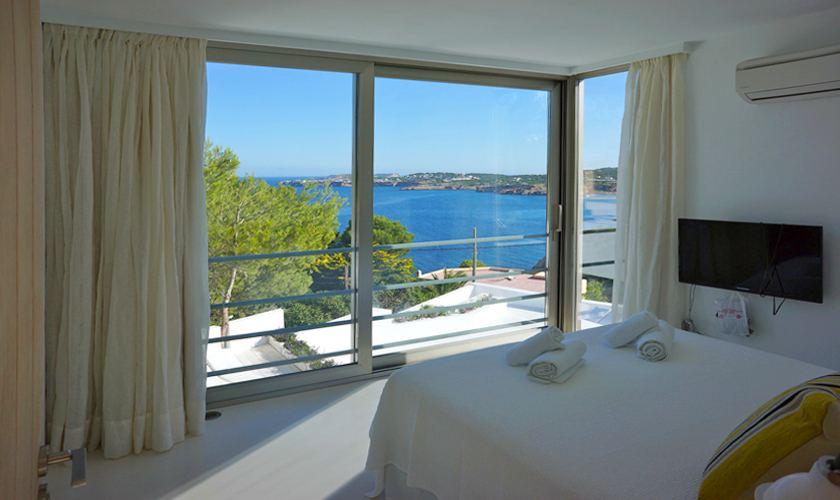 Schlafzimmer Ferienvilla Ibiza für 12 - 13 Personen IBZ 20