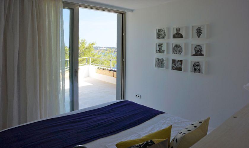 Schlafzimmer Ferienvilla Ibiza Meerblick IBZ 20