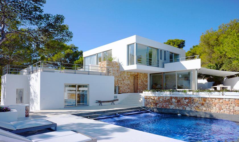 Pool und Villa Ibiza für 12 - 13 Personen IBZ 20