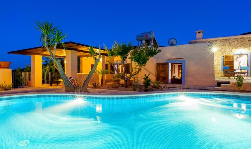 Pool beleuchtet Finca Ibiza IBZ 22
