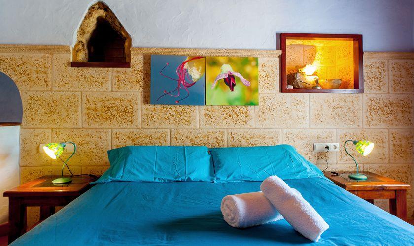 Schlafzimmer Flair Finca Ibiza IBZ 22